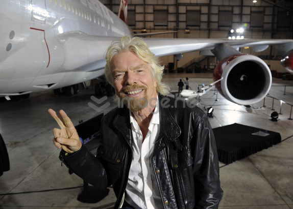 Richard Branson in front of 747. Image Credit: Virgin Galactic