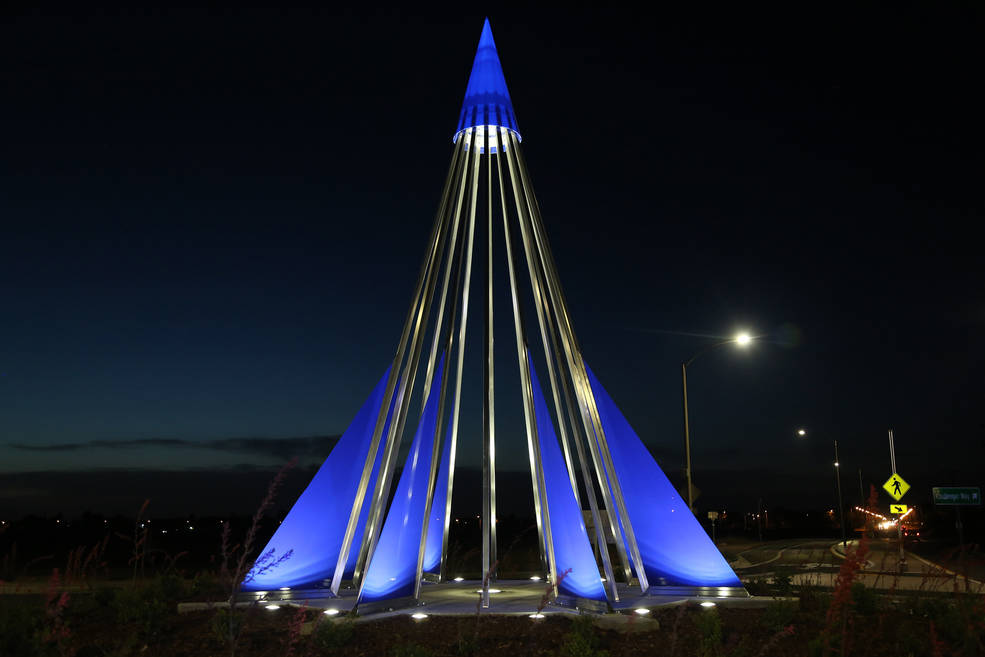 A monument has been created to remind Antelope Valley residents of the sacrifice and bravery it takes to forge new frontiers. Image Credit: NASA / Eric Minh Swenson
